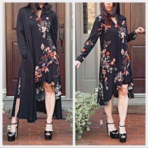 Dresses & Skirts - Black floral chic high/low dress